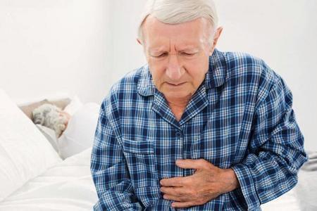 проблемы с дефекацией у пожилых и старых пациентов