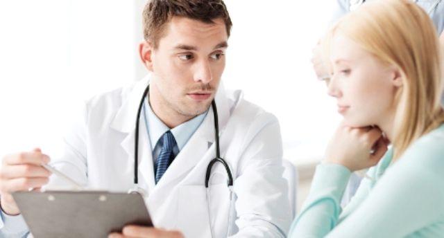 Только врач-проктолог может назначить самое эффективное лечение геморроя