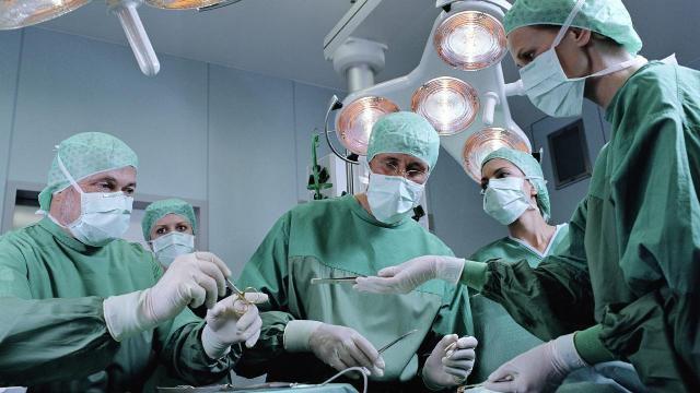после операции геморрой