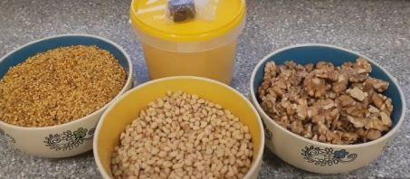 грецкие и кедровые орехи при геморрое